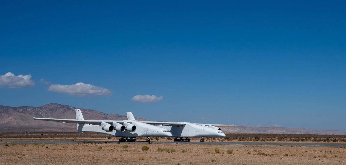 El avión más grande realizó sus primeras pruebas con éxito
