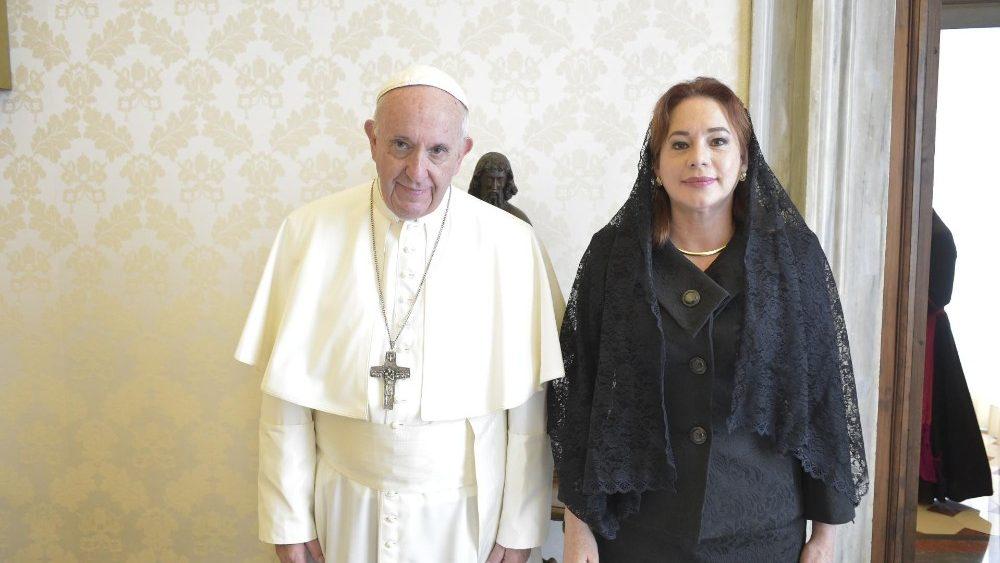 (Video) El Papa pide a la ONU protección para los indígenas e inmigrantes