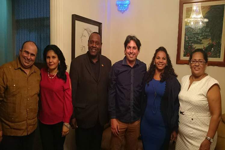 Etiopía y Cuba firman convenios bilaterales en materia tecnológica