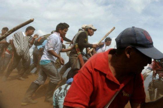 Nuevo enfrentamiento entre indígenas Nasa y Misak deja 17 heridos en Cauca