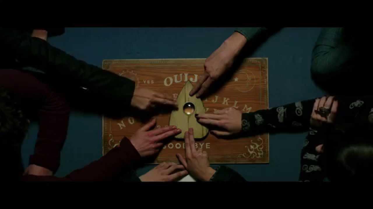 (Fotos) Estudiantes sufren ataque de histeria después de jugar la Ouija