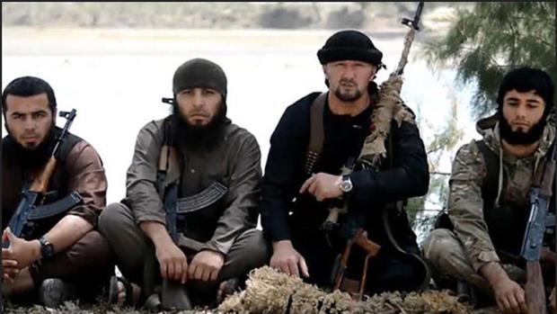 Daesh deja a su paso fosas comunes en Mosul