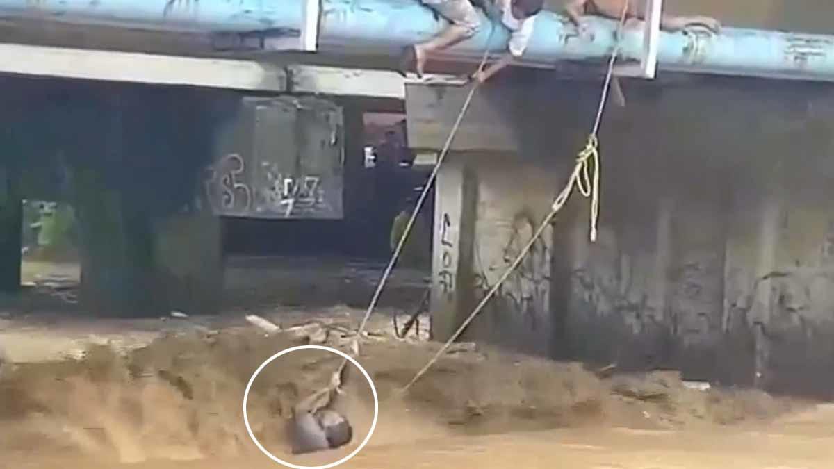 (Video) El increíble rescate de un hombre que era arrastrado por un arroyo