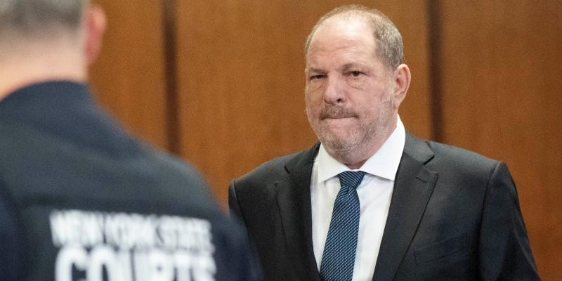 Obligó a modelo de 16 años a tocarle el miembro: Acusado Harvey Weinstein por nuevo caso de abuso