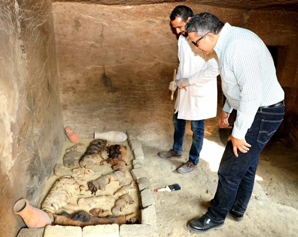 (Fotos) Consiguen en Egipto una puerta secreta y momias nunca antes vistas