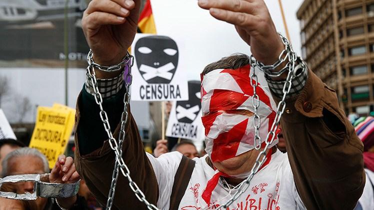 Ley Mordaza de España impone 80 multas diarias contra la libertad de expresión