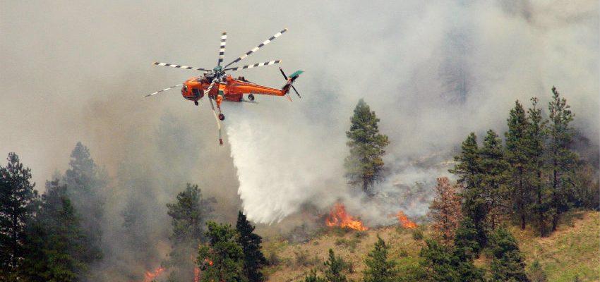 Helicópteros de combate de incendios más potentes del mundo ya están en Chile