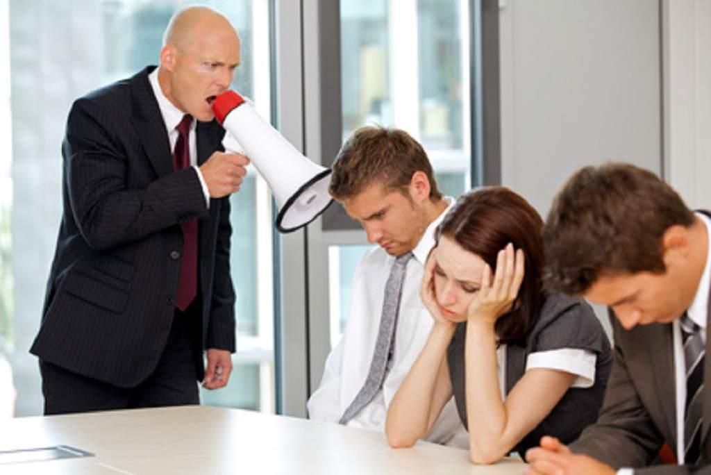 ¿Por qué hay tantos jefes malos que no saben gestionar sus equipos? Columnista estadounidense da algunas explicaciones