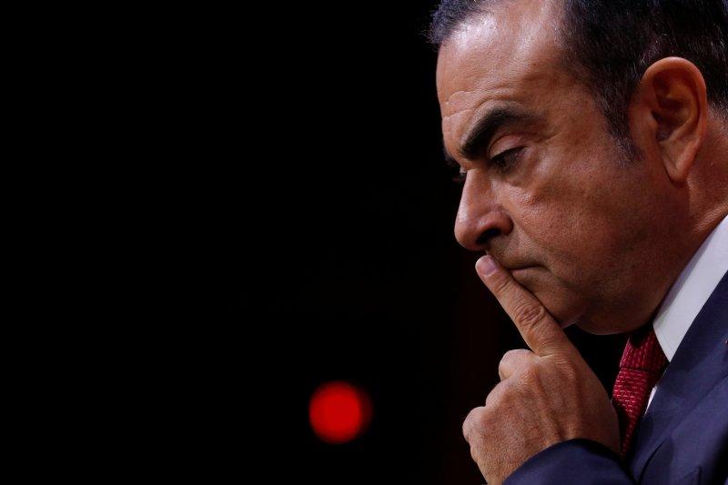 presidente de renault, nissan despedido
