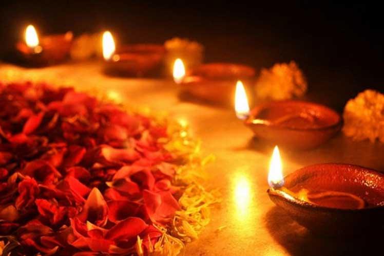 Comenzó en Nepal el festival de Tihar o de las luces