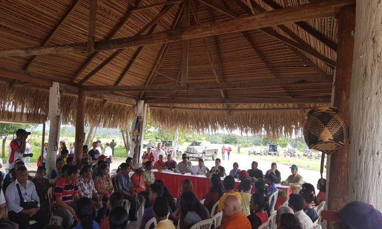 Indígenas venezolanos se involucran en proyectos para producir coltán