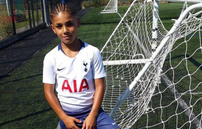 (Video) Ramell Carter, el niño prodigio del freestyle que juega con el Tottenham