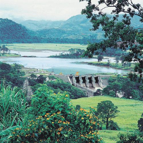 Costa Rica suspende el mayor proyecto hidroeléctrico de Centroamérica