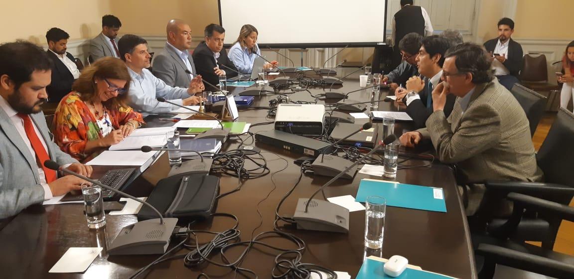Sindicatos de TVN expusieron en Comisión Investigadora de la Cámara de Diputados