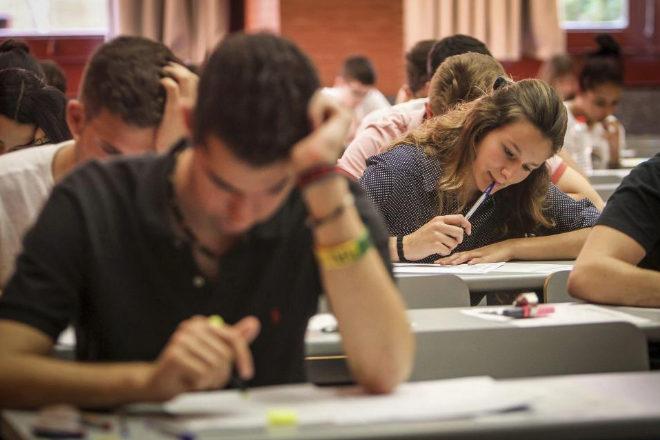 Lingüistas alarmados por «epidemia» de errores ortográficos en las universidades