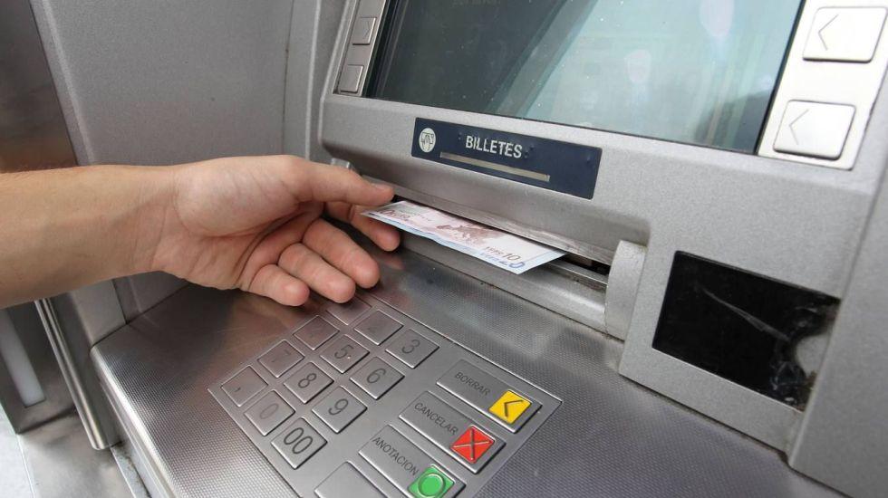 Hackers han sustraído millones de dólares de cajeros automáticos