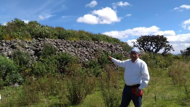 Descubren dos pirámides de indígenas mazahuas