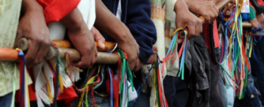 Investigan asesinato de dos comuneros indígenas en el norte del Cauca