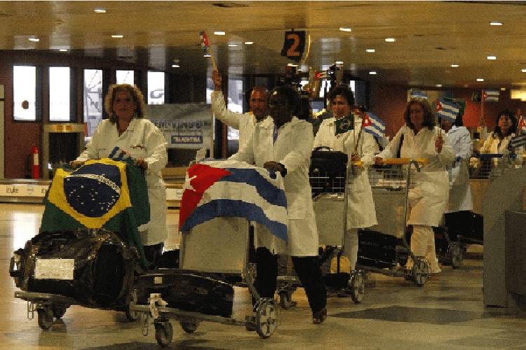Cuba retirará miles de médicos de Brasil por declaraciones de Bolsonaro