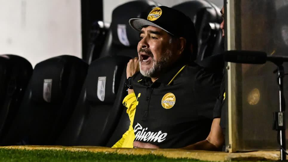 Multan a Maradona mientras Dorados lucha por ascender a Primera División