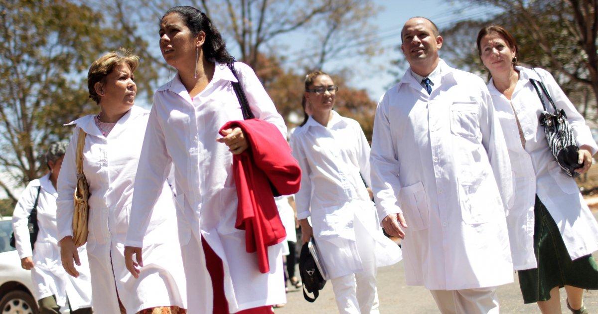 "Futuro vicepresidente de Brasil sospecha de ""espías"" entre médicos cubanos"