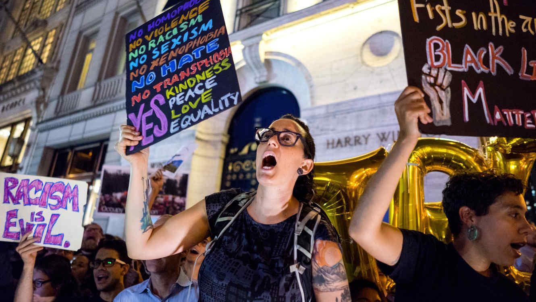 Indígenas, latinos, gays y lesbianas: El voto que sepulta a Trump