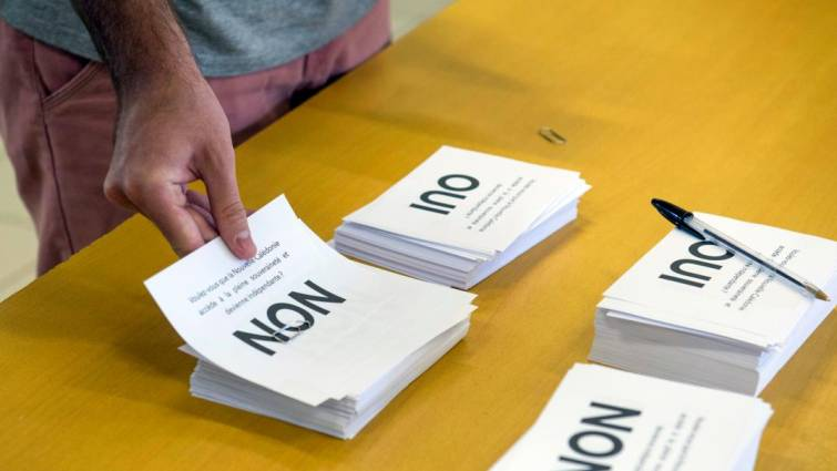 Más de la mitad de habitantes de Nueva Caledonia dicen 'no' a su independencia de Francia