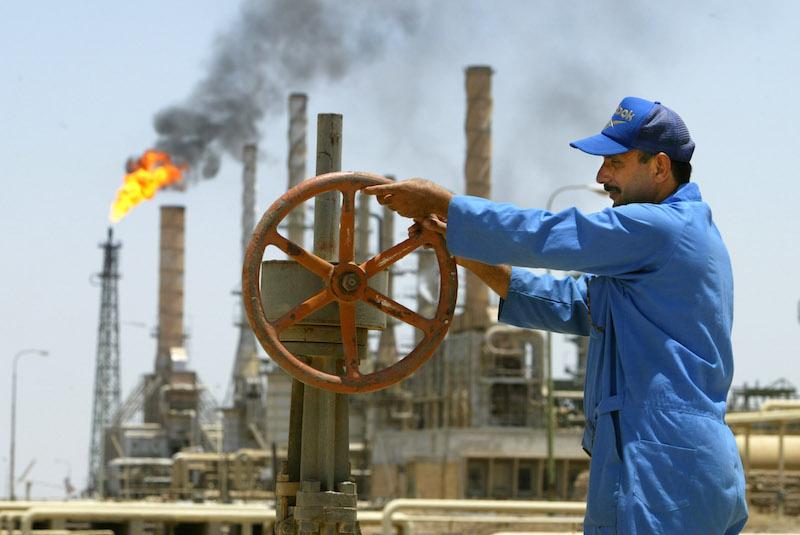 OPEP acuerda reducir un millón de barriles diarios de crudo en 2019