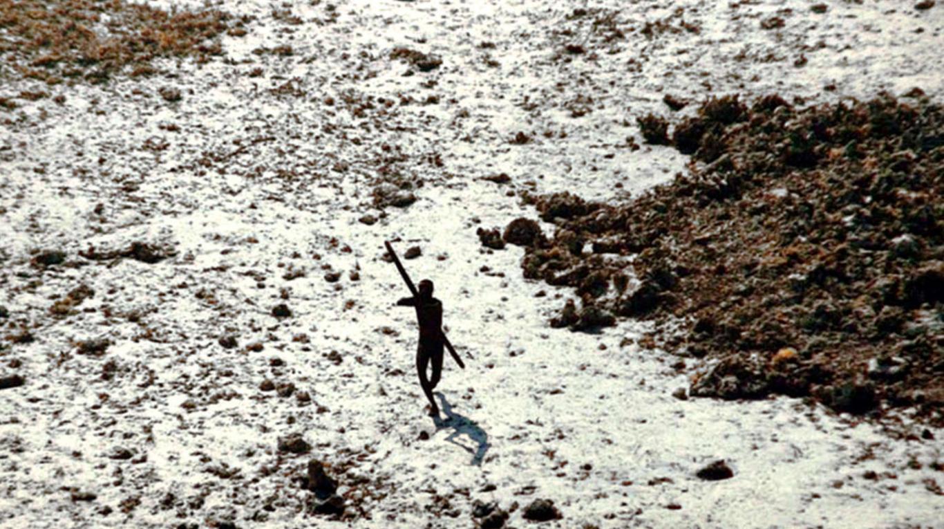 Indígenas mataron a flechazos a un pastor que intentaba evangelizar en una remota isla