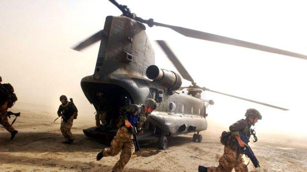 Nuevos lentes de Microsoft incrementarán capacidad letal en los soldados estadounidenses durante las guerras