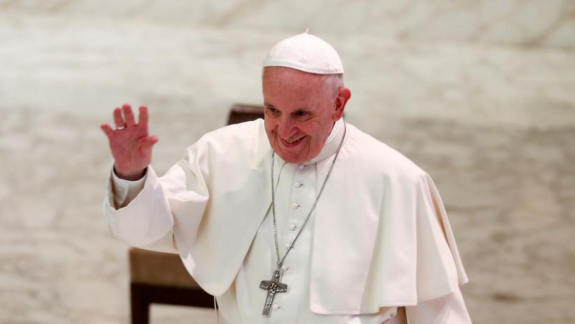 """Papa Francisco: """"Los gais no deben unirse al clero católico"""""""