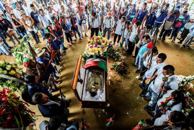 (Video) Lucha ilegal por el control de territorios asesina indígenas en Colombia