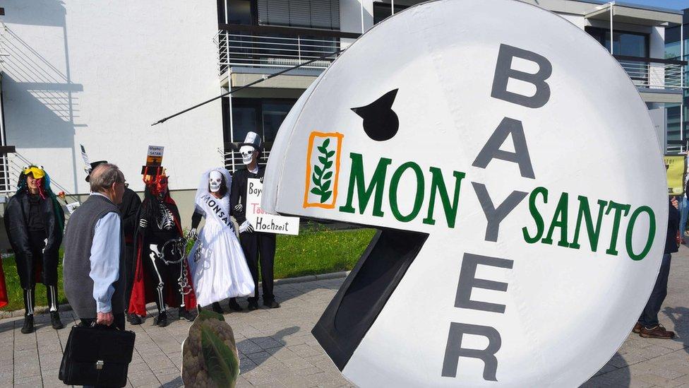 Despidos masivos: Bayer suprime 12.000 plazas de trabajo tras la compra de Monsanto