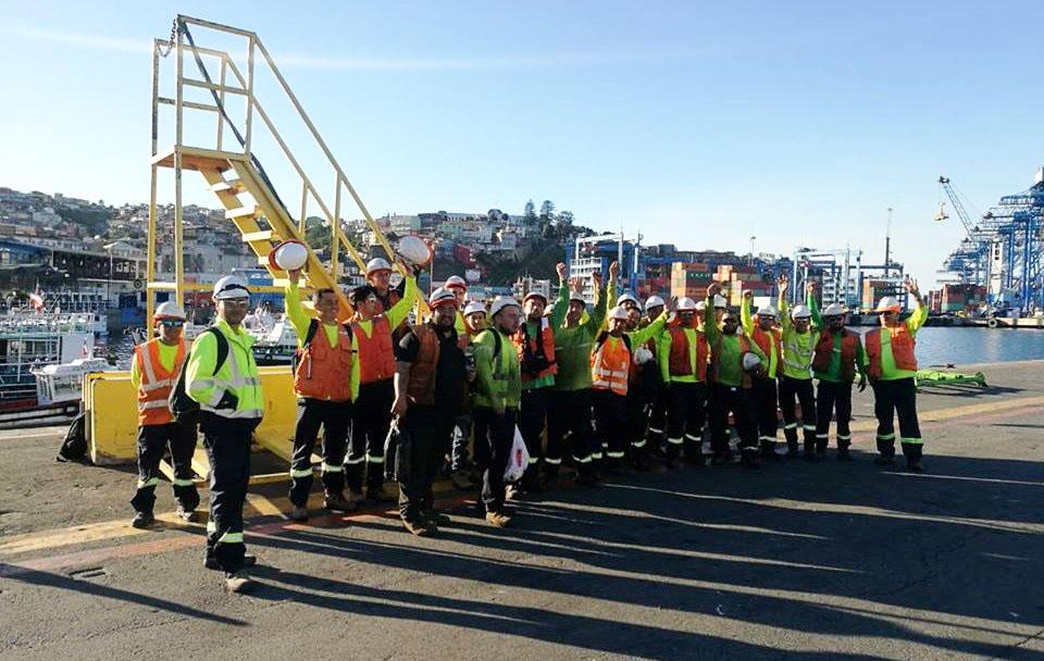 Paro portuario en Valparaíso: Empresa de Von Appen se niega a conversar con trabajadores movilizados