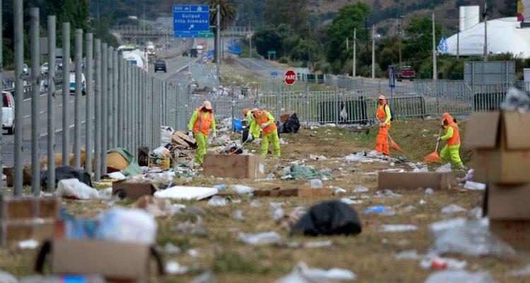 Alcalde de Casablanca critica acumulación de basura en peregrinación a Lo Vásquez: «Es la repetición grotesca de lo que nos pasa todos los días durante el año»