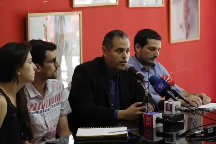 Organizaciones de inmigrantes anuncian «banderazo» contra política migratoria del Gobierno