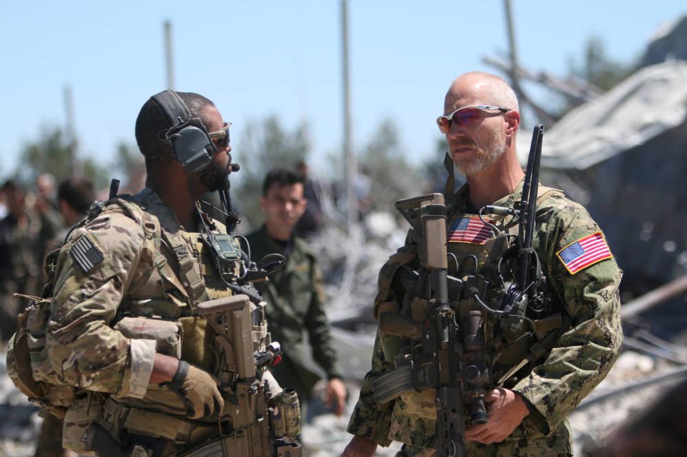 EE.UU. no quiere retirarse de Siria y quiere seguir entrenando milicianos