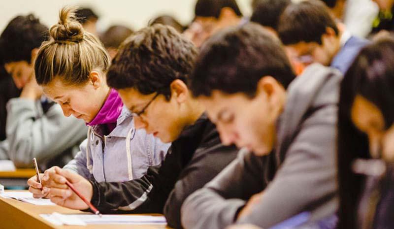 Fech propone medidas para resguardar bolsillo de estudiantes y emplaza a Mineduc a tomarlas por Coronavirus