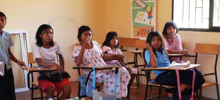 Gobierno e indígenas logran acuerdo en materia educativa en Cauca