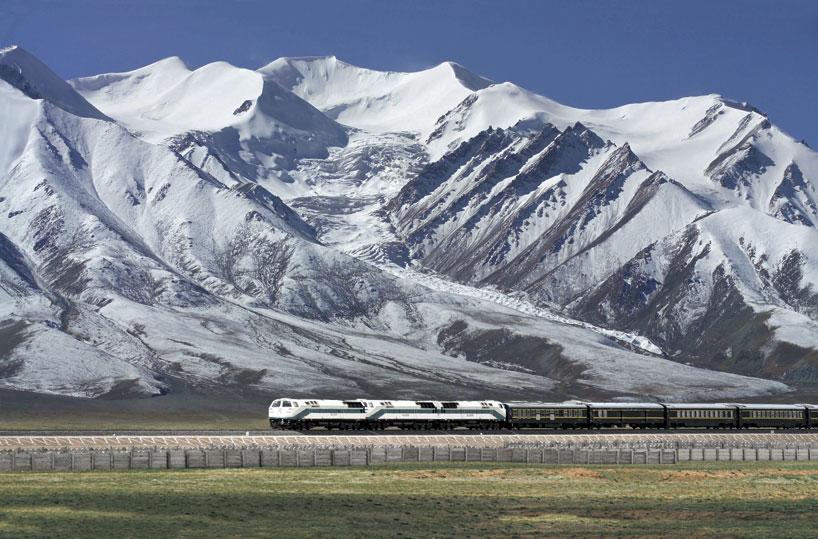 China utiliza aeronave flotante para observar transmisión de agua en meseta Qinghai-Tíbet