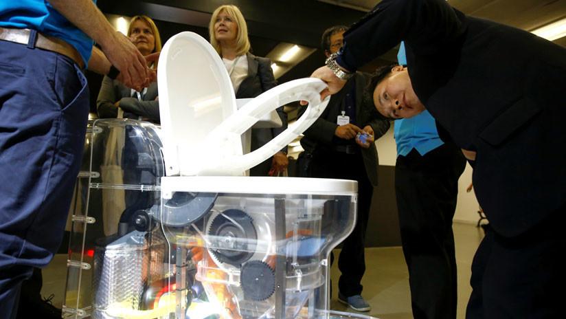 La revolucionaria letrina que emplea lombrices para maximizar el uso del agua