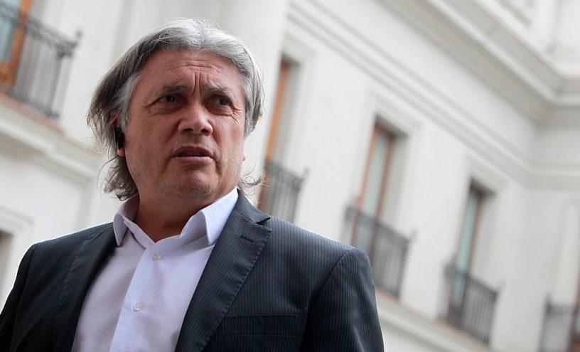 Senador Navarro cataloga de «golpista» a Sebastián Piñera y de apoyar «golpe blando» en Venezuela