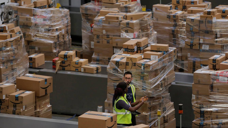 Periodista encubierto desvela que Amazon destruyó 300 mil productos nuevos en tres meses