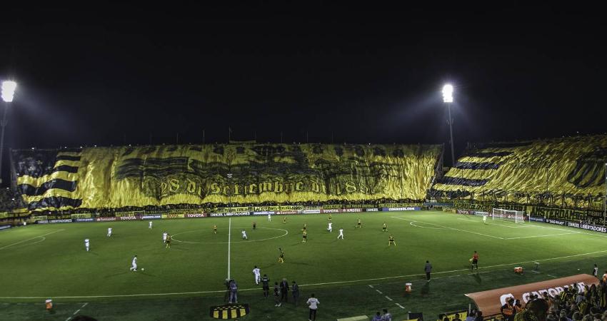 Conmebol veta las banderas gigantes y bombas de humo de la Libertadores