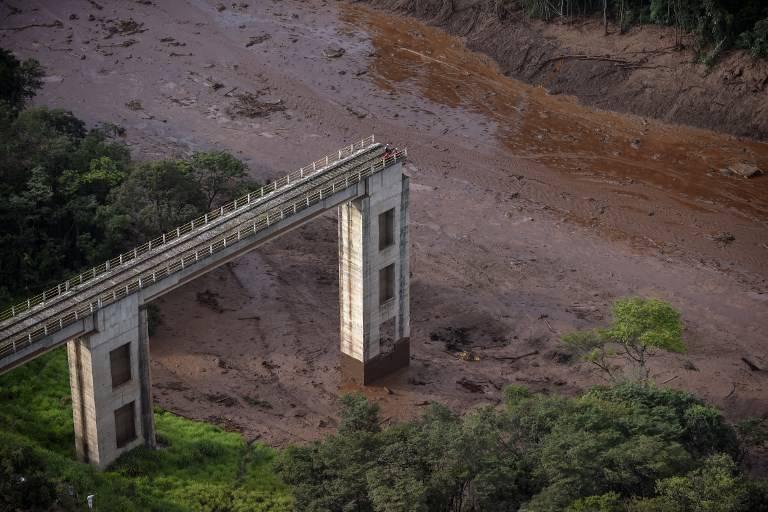 (Video) Sube a 84 la cifra de muertos por colapso de represa en Brasil