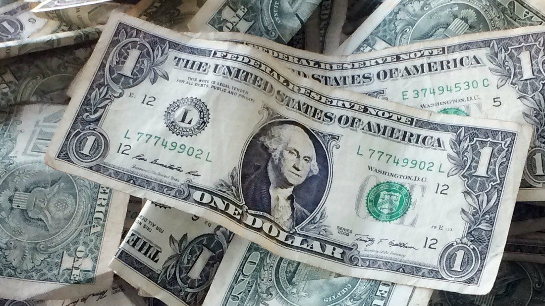 Pronostican depreciación del dólar este 2019 debido a la presión interna y geopolítica