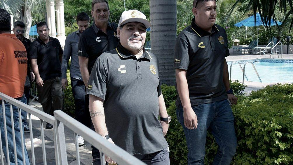 Diego Maradona fue dado de alta tras ser operado del estómago
