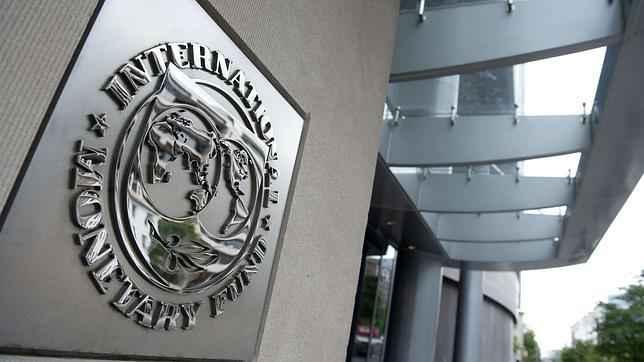 FMI declara contracción en América Latina y prepara el terreno para nuevos recortes sociales