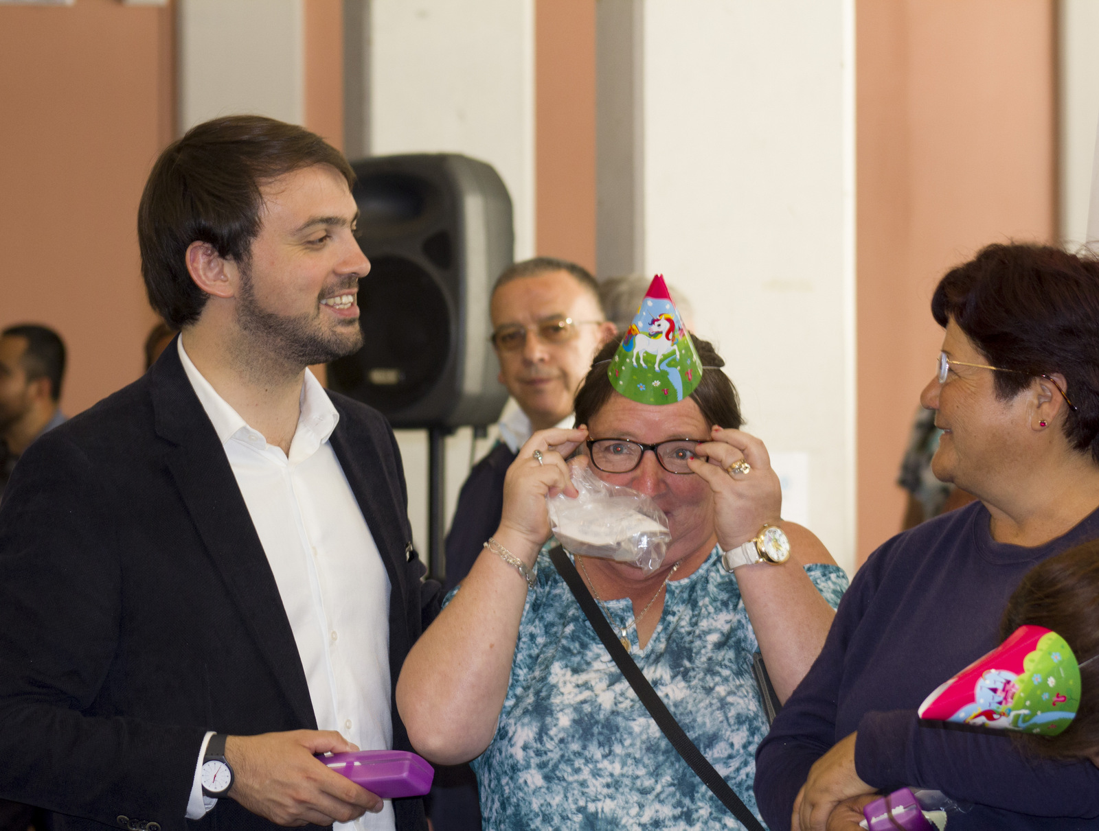 Óptica Popular de Valparaíso entregó más de 27 mil lentes en su primer año de funcionamiento