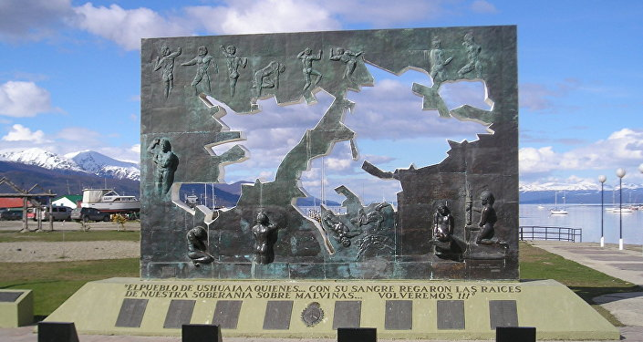 Argentina identifica a otros cuatro soldados caídos en la Guerra de las Malvinas